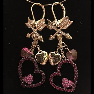 BETSEY JOHNSON❤️Hearts & Arrows Earrings ❤️